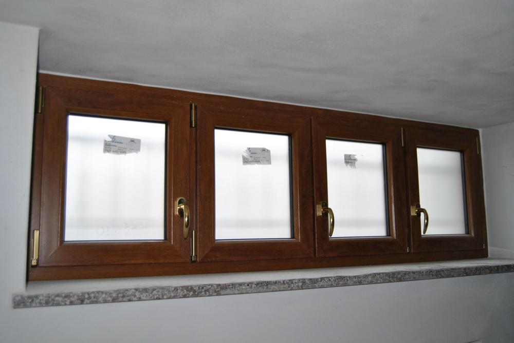 Serramenti pvc e serramenti alluminio ci vi serramenti - Tende finestre pvc ...